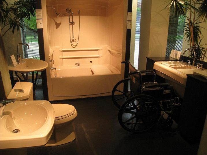 Przystosowanie łazienki do potrzeb osoby niepełnosprawnej