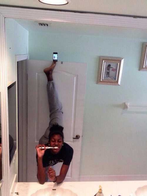 selfie-olympics-door