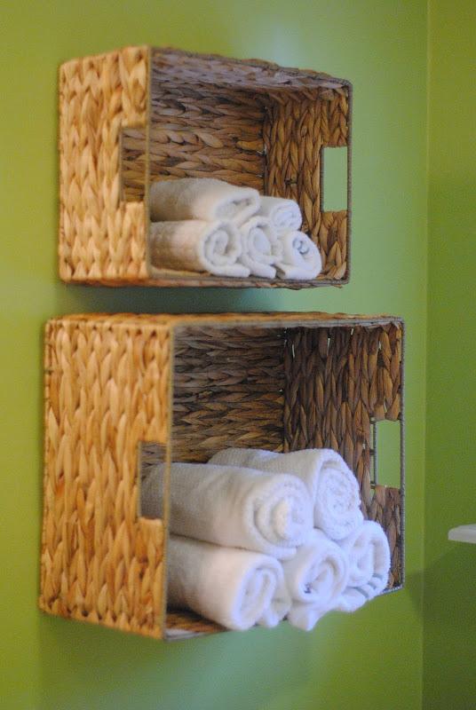 BR_baskets_towels