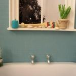 Duża wanna i mała łazienka – czy to możliwe?